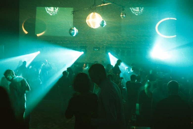 Yuris Night